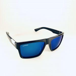 Superhot solbrillor med båge i svart och vitt