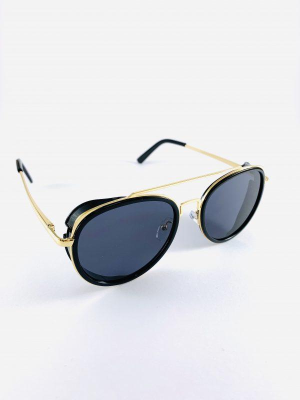 Pilotglasögon med guldbåge och polariserande glas