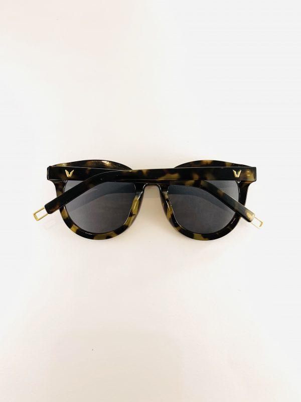Elly - Solbrillor med leopardmönstrade bågar